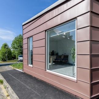 photographe d'architecture ©INTERVALphoto : Atelier Nature Architecture, Pricoupenko J. architecte, restructuration et extension, Ehpad, Bégard, 22