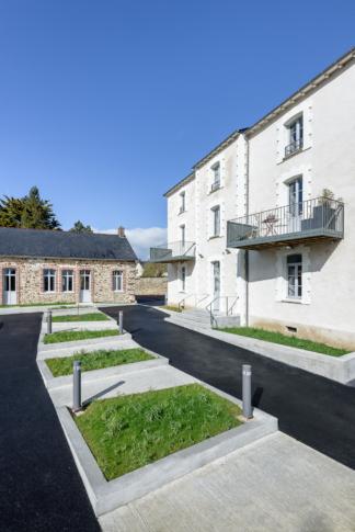 Jaouen & Trévisan Architectes, réhabilitation, logements, Bais (35)