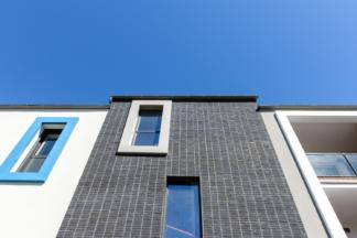 Bachmann associés architectes,  PEROBA, logements collectifs, Saint Lunaire (35)